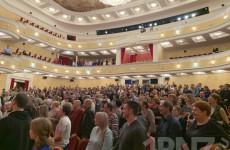 Культуру в производство. Коллектив компании «СтанкоМашСтрой» посетил «Свадьбу Кречинского»