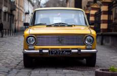 Можно расслабиться: ГосДума отклонила законопроет о покупке дешевых авто для чиновников