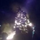Нижнеломовцы отметили Благовещение «божественным» огнем из покрышек