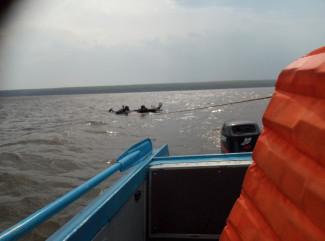 На Сурском водохранилище чуть не утонули несколько кайтсерфенгистов