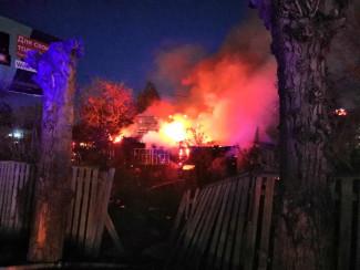 Совпадение? В Пензе сгорел дом, на месте которого хотели строить коммерческую недвижимость