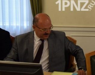 Молния! Министр здравоохранения Пензенской области Владимир Стрючков покидает свой пост