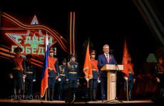 Иван Белозерцев поздравил пензенских ветеранов с наступающим праздником