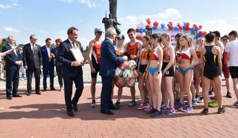 В легкоатлетической эстафете 9 мая в Пензе приняли участие около 2000 человек