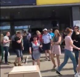 Молния! В Пензе эвакуируют торговые центры