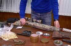 В Пензе в одном из гаражей нашли целый арсенал оружия (ФОТО)