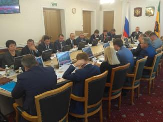 До шести с половиной миллионов рублей: сколько зарабатывают в пензенском правительстве. Рейтинг