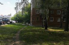 Прогулка по улице Германа Титова: шашлыки во дворе и наркоторговцы около школы