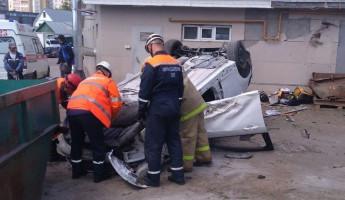 Пензенца, пострадавшего в ДТП на Гагаринском мосту, вытаскивали из машины прохожие