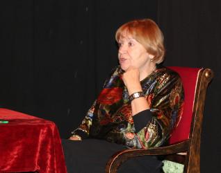 В «Доме Мейерхольда» прошла творческая встреча с Еленой Санаевой