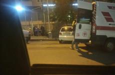 Из кафе прямо в центре Пензы увезли на «скорой» мужчину