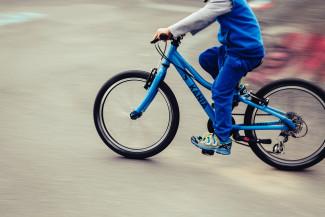 В Лунино подросток на мопеде сбил мальчика-велосипедиста