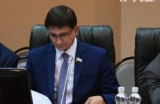 Депутат Воскресенский купит машину, как у Кувайцева