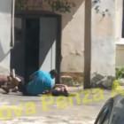 Естественный отбор. В Пензе парень и девушка упали перед входом в подъезд и начали дергаться в страшных конвульсиях (ВИДЕО)