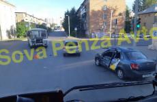 В Пензе машина «Яндекс.Такси» столкнулась с автобусом, есть пострадавший