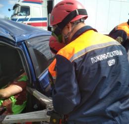 Тело водителя, погибшего в жутком ДТП под Пензой, пришлось вырезать из машины