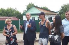 Заместитель главы города Пензы Владимир Мутовкин приехал на улицу Складскую