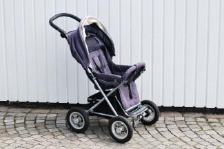 Молодую жительницу Чемодановки обманули при продаже детской коляски