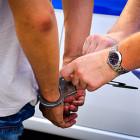 В Кузнецком районе двое парней попались на краже из машины