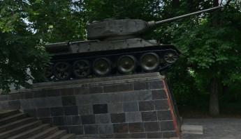 За и против участия танка Т-34 на Параде Победы в Пензе
