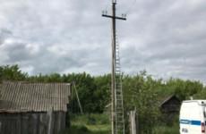 Появились фотографии с места гибели электромонтера в Пензенской области