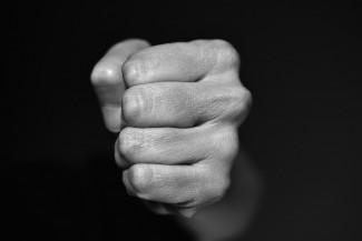 В Пензенской области многодетный отец ударил женщину-депутата
