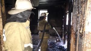 В страшном пожаре в частном доме погибли трое маленьких детей
