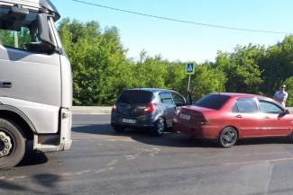 На трассе в Пензенской области расколотились две легковушки