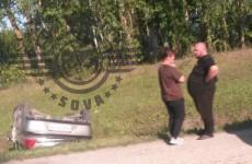 В Чемодановке Пензенской области слетела с дороги и перевернулась легковушка