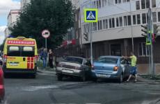 В аварии с «Яндекс.Такси» в Пензе пострадала 63-летняя пенсионерка