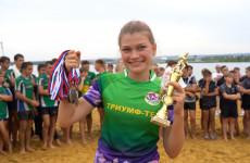 Фестиваль пляжного регби «Сурское лето» собрал в Спутнике 29 команд