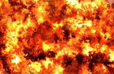 Ночной пожар в Пензенской области уничтожил гараж с автомобилем