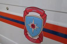 В Пензенской области спасатели вытащили мужчину из покореженной машины