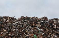 В Пензенской области горящий мусор тушили девять пожарных