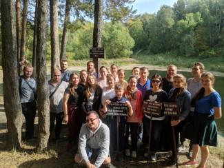 Православные пензенцы очистили от мусора берега Ласточкиного озера