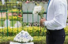 Жительница Пензы перевела деньги на похороны лже-мертвецу