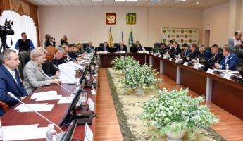 Депутаты пензенской Гордумы внесли изменения в городской бюджет