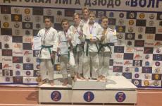 Пензенские дзюдоисты привезли из Самары шесть медалей