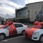 Иван Белозерцев передал ключи от новеньких авто победителям конкурса профмастерства