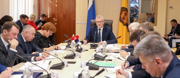 «Больницы требуют ремонта». Пензенский губернатор недоволен состоянием районных медучреждений