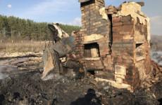 Появились новые фото с места смертельного пожара в Пензенской области