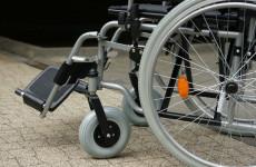 В инвалидной коляске 81-летней старушки нашли 17 кг кокаина
