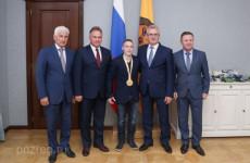 Губернатор Пензенской области провел встречу с Денисом Аблязиным
