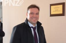 Депутат Левин уменьшает иностранное влияние