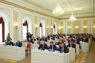 Пензенским депутатам планируют вдвое увеличить ежемесячную выплату