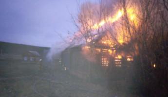 Появились новые фото с места страшного пожара в Пензенской области