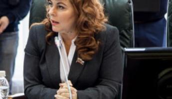 Молния! Депутат Коломыцева идет в «Экспресс»
