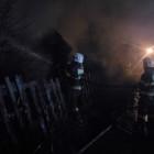 В Пензе полыхающий дом тушили 27 человек