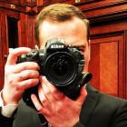 ВИП-выходные: селфи с Медведевым, топ слухов о Львовой-Беловой, Кузяков на «Первом»