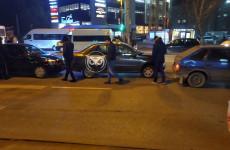 Массовое ДТП у пензенского автовокзала спровоцировало серьезный затор